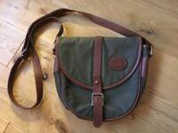Ladies vintage/retro Barbour handbag. Green with brown leather trim.