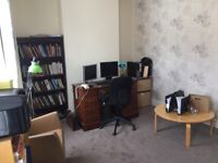 Double Room to rent in House (Bills included, No agency Fees)