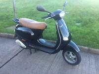 2004 Vespa 125 Moped * LOW MILEAGE * Black Piaggio et4 Learner Legal