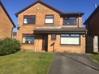 Highly Maintained 4/5 bed detached house - extremely large main bathroom & kitchen Diner