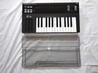 NATIVE INSTRUMENTS KOMPLETE KONTROL S25 MKII CONTROLLER - DECKSAVER COVER - MINIMAL USE - VGC/BOXED