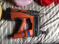 Spit 800p+ pulsa nail gun