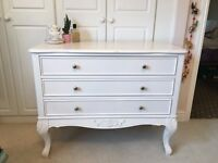 White Vintage-Look Chest of Drawers