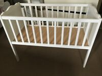 White static baby crib