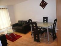 Attractive one bedroom flat in sought after Clarence House, Clarence Dock, Leeds