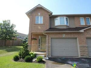 $375,000 - Townhouse for sale in Grimsby