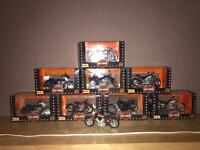 8 Maisto Harley Davidson 1:18 Models