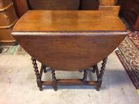 Small Vintage Solid Oak Oval Extending Dining Table