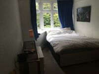 Large Double room 5 mins town centre Asda University Lansdowne quiet Offstreet Parking shared flat