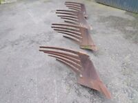 4 kverneland slatted plough boards