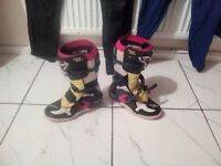 size 5 alpinestar motocross boots