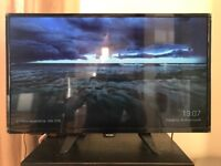 Philips 32 inch, HD Ready TV, with its selling box and all documents, still under warranty