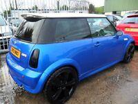 mini cooper 1.6 petrol 2002 blue with white roof motd to 17/nov/2017