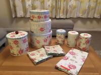 Stunning Emma Bridgewater Rose and Bee kitchen accessories, all in fabulous condition!! 🌷🐝