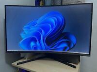 "Samsung 32"" 4K UHD LED Curved Monitor"