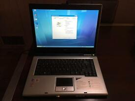 Acer Aspire 1694WLMi Laptop
