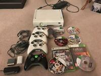 Xbox 360 (used) + 4 controllers + games