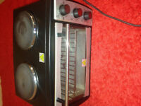 Andrew James mini oven with electric grill and double hotplates