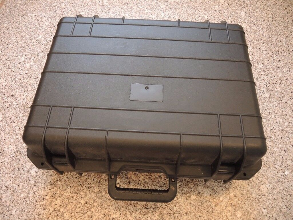 SPORTS CAMERA VIDEO PHOTOGRAPHY CASE SIMILAR PELI VGC BARGAIN