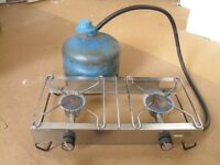 TWO BURNER GAS PORTABLE STOVE WITH GAS BOTTLE. CAMPING, SHED OR ALLOTMENT.