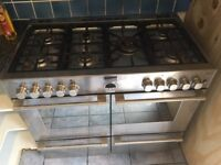 Stoves 1000mm wide stainless steel full gas cooker with 7 ring burners