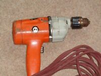 BLACK AND DECKER ELECTRIC DRILL.