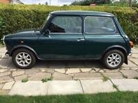 Green Rover Mini Mayfair 1.3i