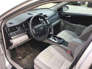2014 Toyota Camry 4-door Sedan LE 6A (2) London Ontario image 14
