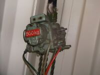 Air operated chain hoist with aprox 8m of chain good working order