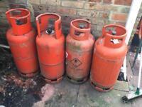 4 x 19kg Propane gas bottles