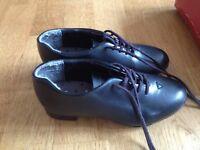 tap dancing shoes, capezio, size 11.5, children's
