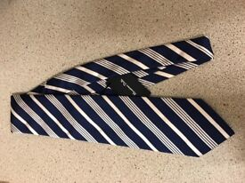 Masimmo dutti tie new with tags!