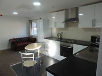 Newport Road - Newly refurbished 2 Bedroom Flat **Includes Water Rates**