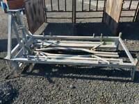 Mobile cattle crush headstock head yoke farm livestock tractor