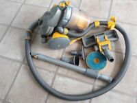 Dyson DC05 Vacuum Cleaner - spares or repairs