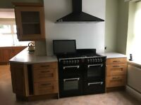 FULL CROFT OAK KITCHEN WITH APPLIANCES
