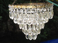 BEAUTIFUL VINTAGE 5-TIER CRYSTAL GLASS DROP CHANDELIER
