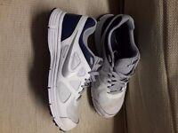 Nike Revolution Trainers Size 9 worn half a dozen times, hardly any wear