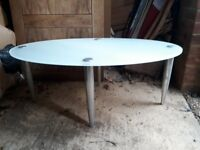 Oval shape metal table