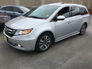 2014 Honda Odyssey Touring, Navigation, Leather, TV/DVD, Back Up