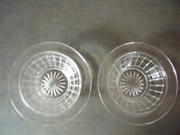 2 identical vintage clear glass bowls/dishes - desserts/sweets/nuts/display.£2.50 ovno both/£1.50 ea