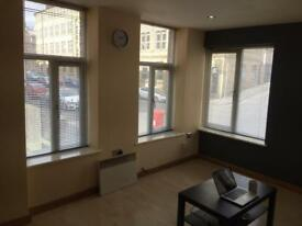 Fully furnished one bedroom apartment bd1 no bond no deposit pay as you go . £75a week free WiFi