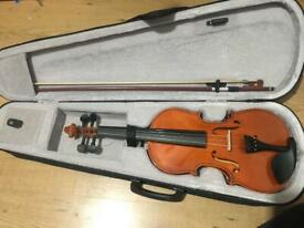 Violin with bow, in case