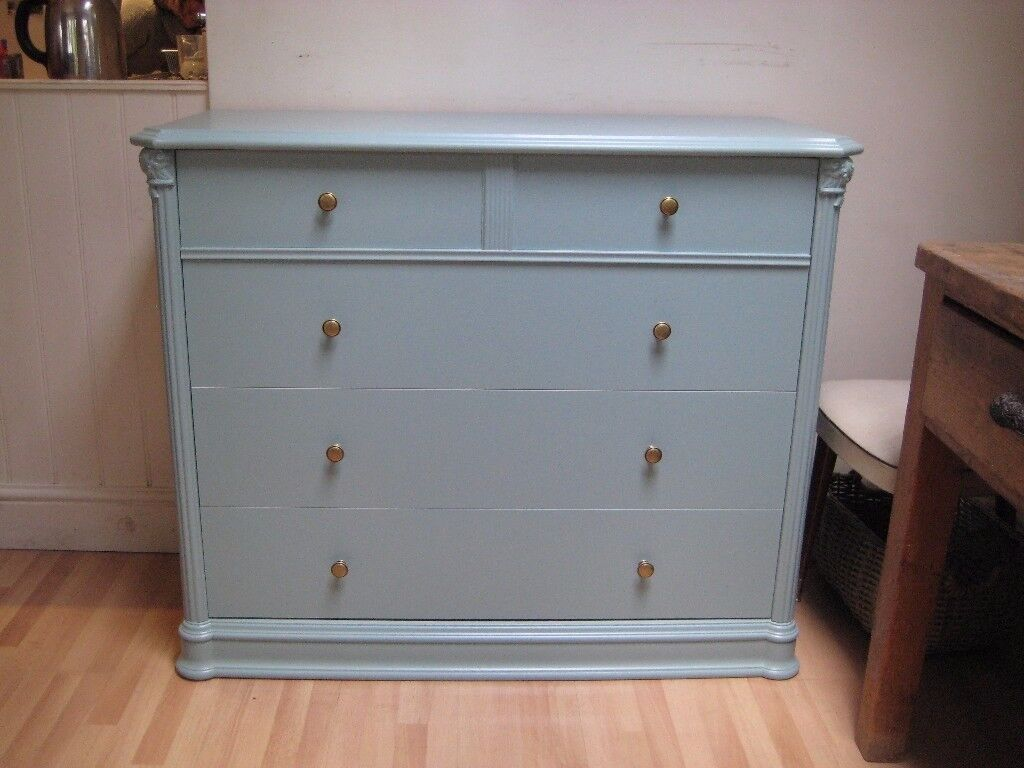 Lovely Vintage Style Chest of Drawers - Professionally painted in Farrow & Ball Eggshell