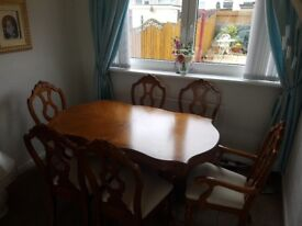 Solid Extending Dining Table 6 Chairs