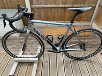Canyon ultimate CF SL 9.0 54cm Shimano Di2 carbon road bike