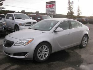 2015 Buick Regal Turbo  Auto  Leather - Hail Special