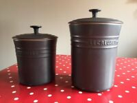 2 Le Creuset storage pots as new