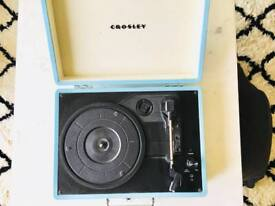 BRAND NEW DELUXE Crosley Vinyl Record Player