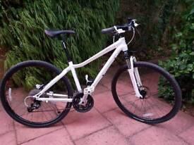 GIANT ROVE 2 Hybrid/City/Road Bike